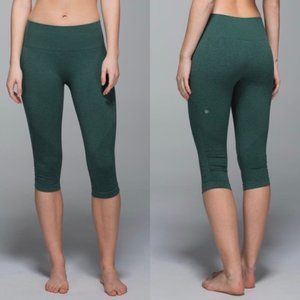 LULULEMON In The Flow Crop II Heathered Forest SS9